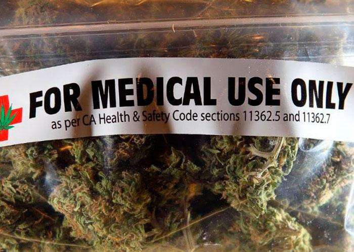 Болеющие ВИЧ объединяются для легализации марихуаны